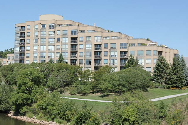 2511 Lakeshore Road West, Oakville - The Bronte Harbour Club condominium development.